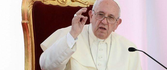 Bergoglio-690x362
