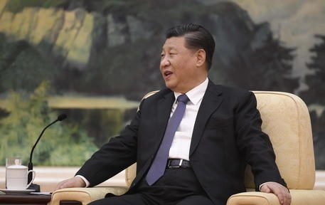 epa08172050 Chinese President Xi jinping speaks during a meeting with Tedros Adhanom (not pictured), Director General of the World Health Organization, at the Great Hall of the People in Beijing, China, 28 January 2020.  EPA/NAOHIKO HATTA / POOL