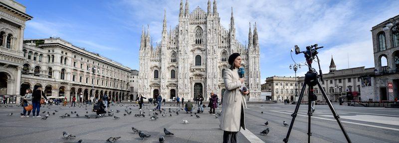 Foto Claudio Furlan - LaPresse  26 Febbraio 2020 Milano (Italia)  News Milano durante l emergenza coronavirus Nella foto: Piazza Duomo e Galleria Vittorio Emanuele deserte