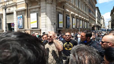 31052020 PROTESTANTI E MANIFESTANTI