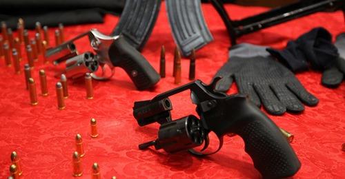 15022021 stoccolma e armi